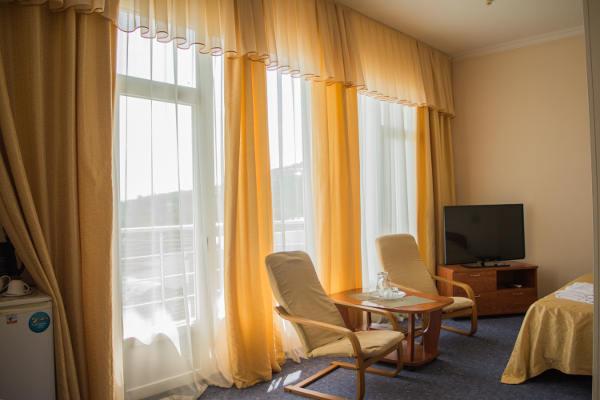 Гостиница РоЯлта в Алупке 4