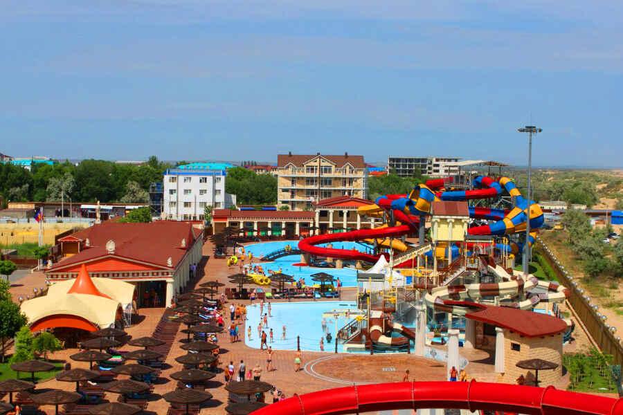Отдых в Витязево с бассейном на первой линии у моря