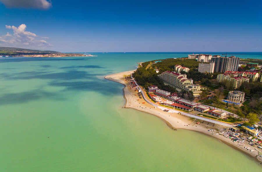 Отпуск в Геленджике: отдых 2020 на пляжах курорта
