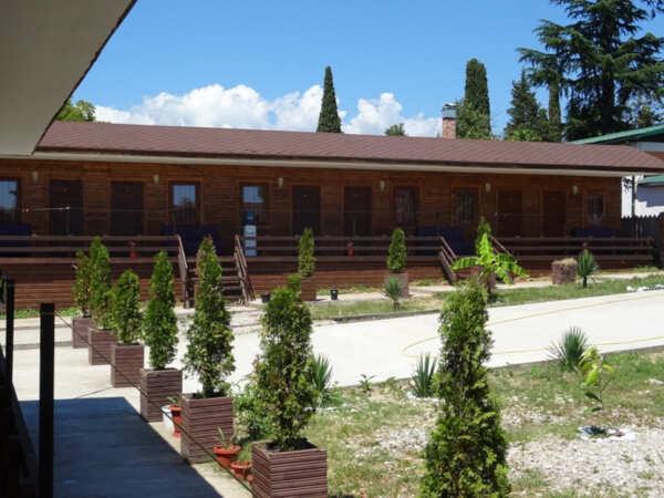 Летние коттеджи «ГудаУта» в Гудауте (Абхазия)