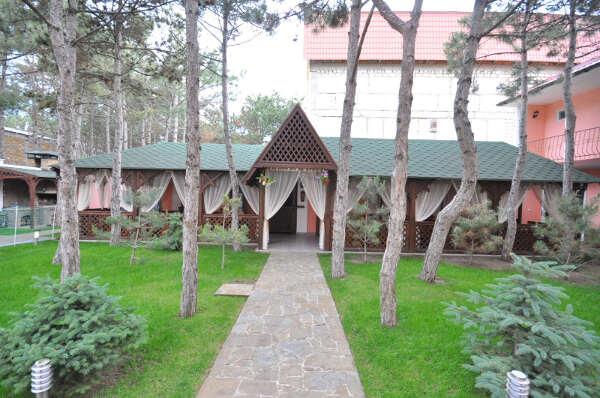 Гостевой дом «Русь» в Песчаном (Бахчисарай)