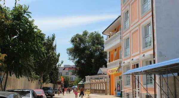 Гостевой дом на Черноморской набережной в Феодосии