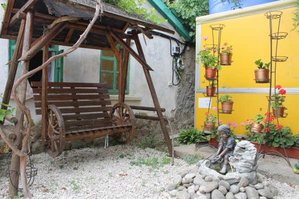 Мини-гостиница «Прелестная лягушка» в п. Кача (Севастополь)