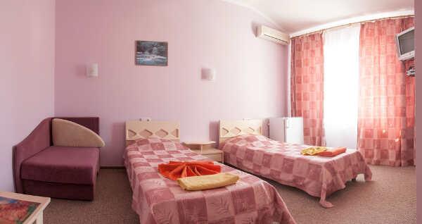 Отель «Эклипс» в Николаевке