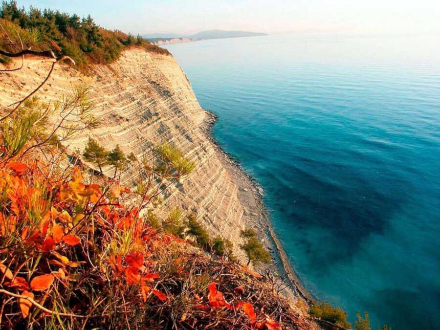 Едем в Дивноморское на отдых 2020: отзывы и рекомендации