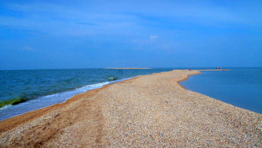 Должанская коса на Азовском море: отдых, развлечения, жилье, цены