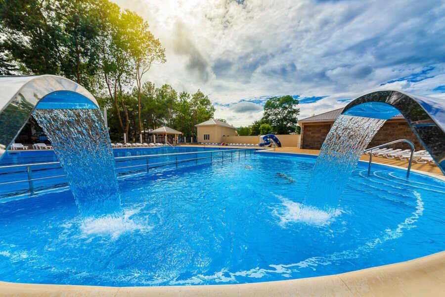 Отдых в Дивноморском с бассейном