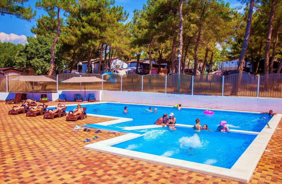 Базы отдыха в Дивноморском: преимущества, услуги, цены