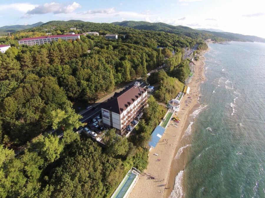 Курорт Лермонтово для отдыха 2020: отзывы о жилье, пляжах, развлечениях